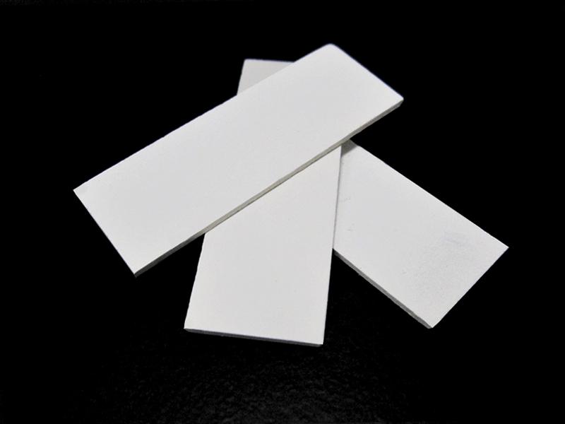 セラミックスフィルター等、機能性セラミックスの焼結助剤